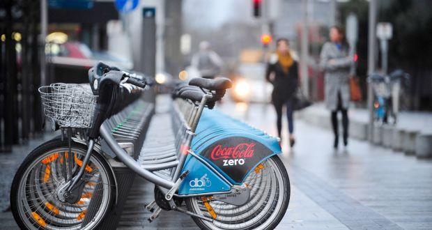 Các hình thức quảng cáo trên phương tiện giao thông cá nhân
