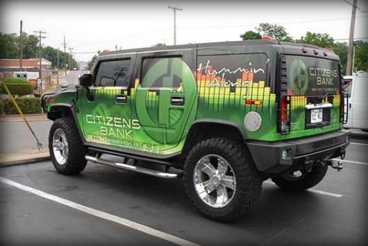Những mẫu quảng cáo trên xe ô tô ấn tượng (Phần 3)