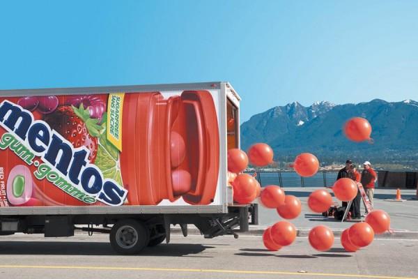 12 mẫu quảng cáo xe tải ấn tượng trên thế giới