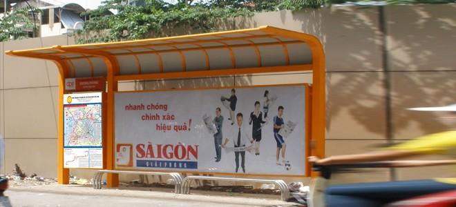 Quảng cáo nhà chờ xe buýt