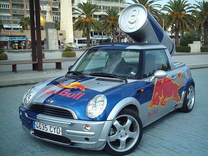 Quảng cáo ô tô trên thế giới