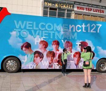 quảng cáo xe bus 2 tầng