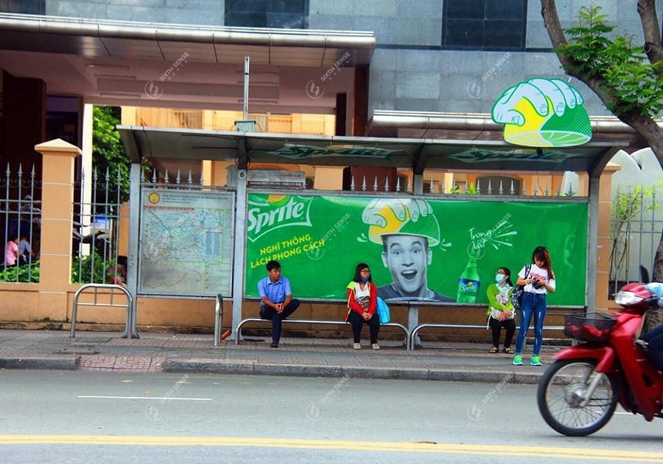 quảng cáo nhà chờ xe buýt ở Hà Nội